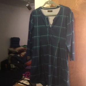 Navy and green plaid tunic sz 1x